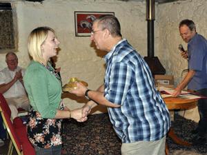 Hannah Ryan receives the Golden Sprocket